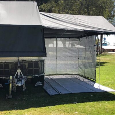 5.6 m Shade screen for the campervan
